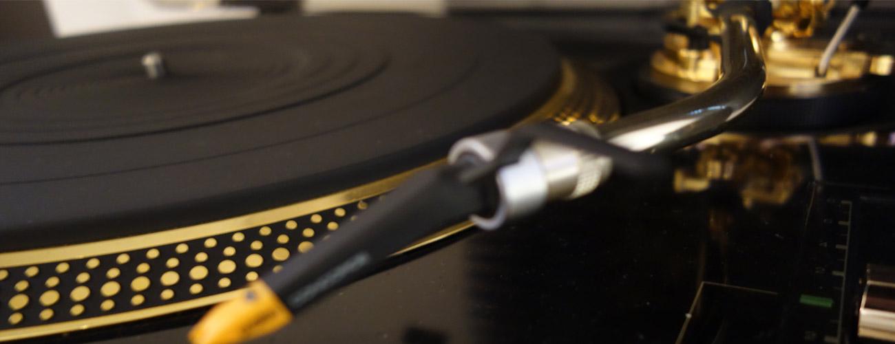 Plattenspieler bei Audio-Team in der nähe von München