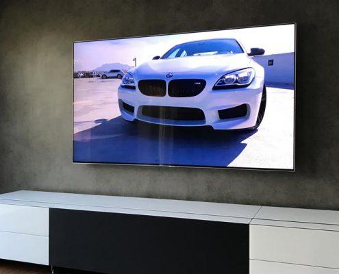 Beleuchtung Samsung TV Wand Wandmontage und Spectral Cocoon Lowboard